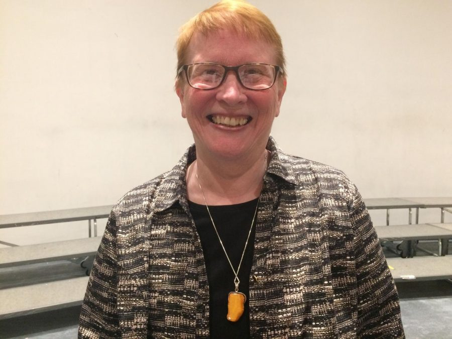 Bonnie Maxwell awarded 2018 DCHS Wall of Distinction