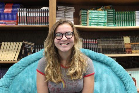 Photo of Elizabeth Walker