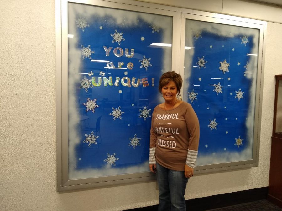 DCHS Staff Exculsive: Mrs. Reefs Board Messages