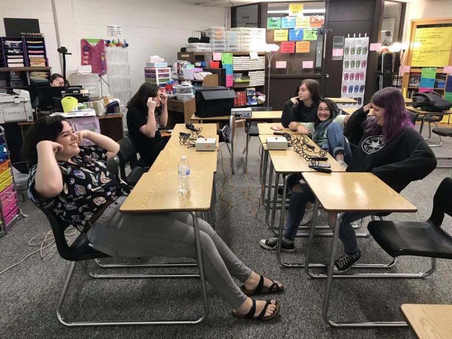 Students participate in a mock Quiz Bowl meet to prepare for the first meet in the coming weeks.