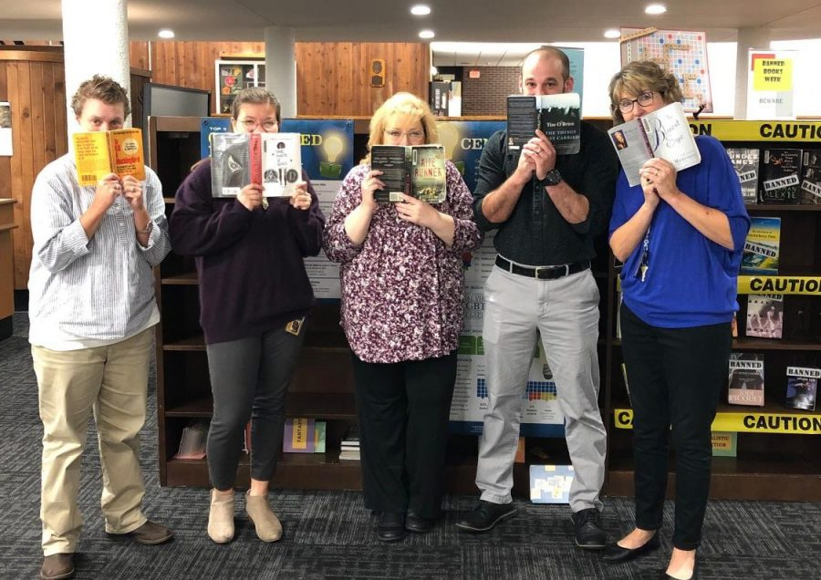 Members of the  English department all support the right to read. Banned Books week was celebrated from Sept. 23 - 28, and schools, libraries, and bookstores around the world promoted the sponsored week.