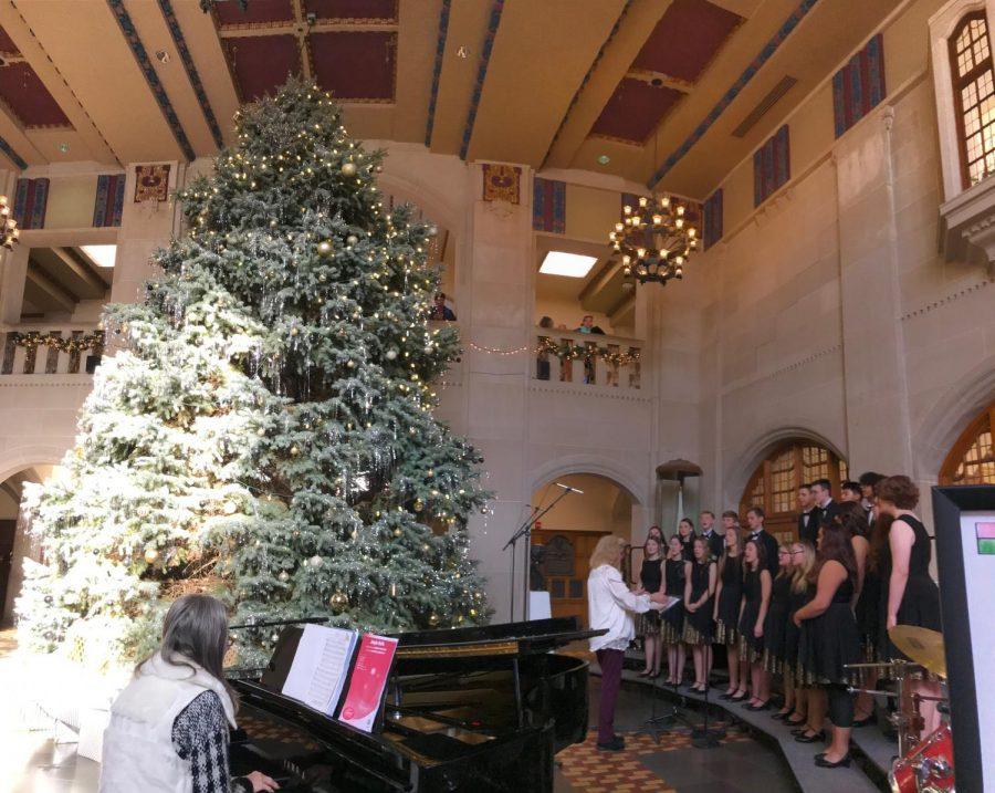 DCHS Christmas choir concert