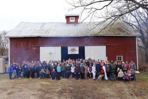 2019 Mears Gobble Waddle group shot, taken seconds before the cannon sounds, starting the race.