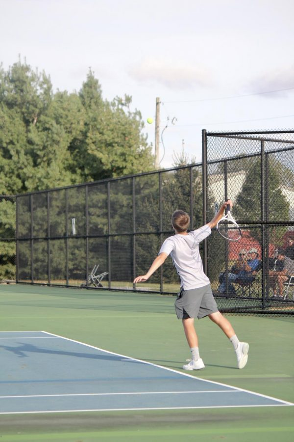 Tennis+team+looks+to+start+fresh%28men%29